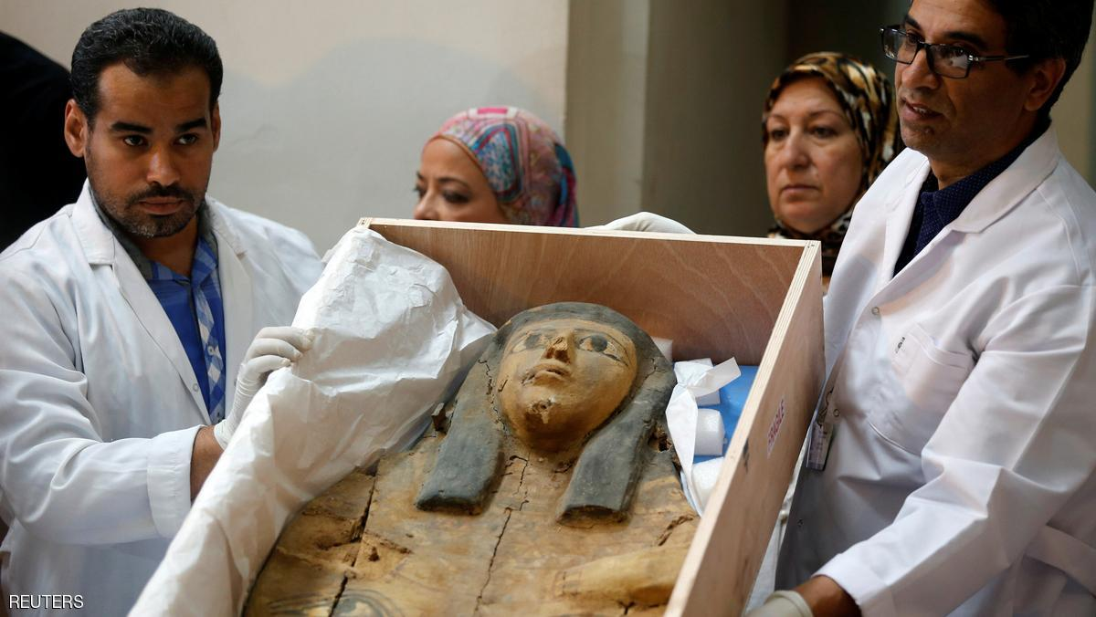 مصر تسترد غطاءي تابوتين أثريين من إسرائيل