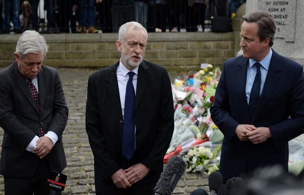جنازة النائبة القتيلة توحد بريطانيا المنقسمة حول البقاء في الاتحاد الأوروبي
