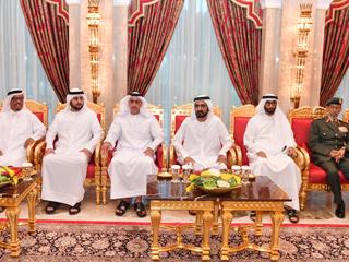 محمد بن راشد يستقبل القيادات العسكرية والشرطية والأمنية