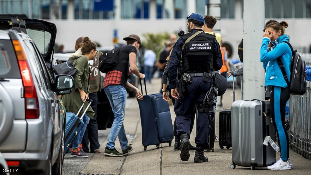 بسبب تهديد إرهابي.. هولندا تعزز تدابير مطار أمستردام