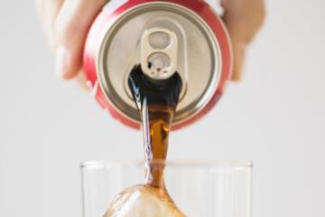 دراسة: المشروبات الغازية قد تتسبب في أنواع نادرة من السرطان