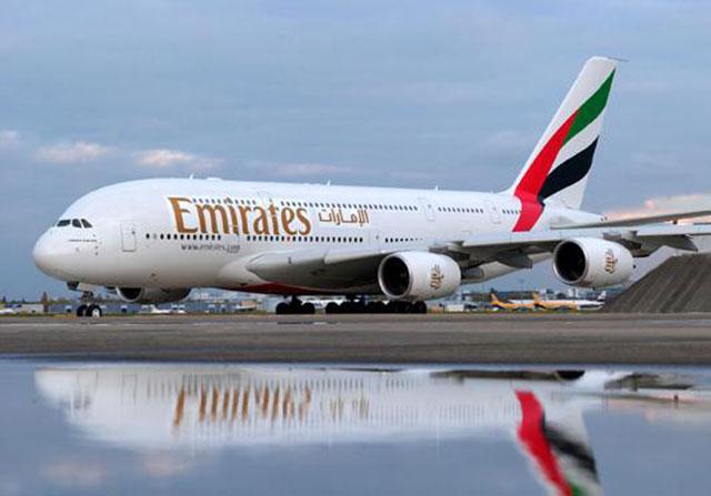 طيران الإمارات: رحلة