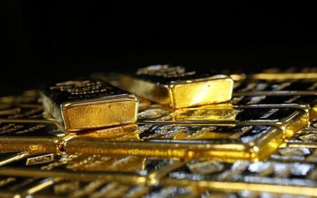 الذهب يتراجع قبيل اجتماع الفيدرالي الأمريكي