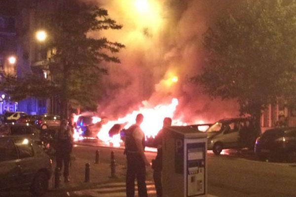 ثلاثة انفجارات ضخمة تهز الحي التجاري في بروكسل