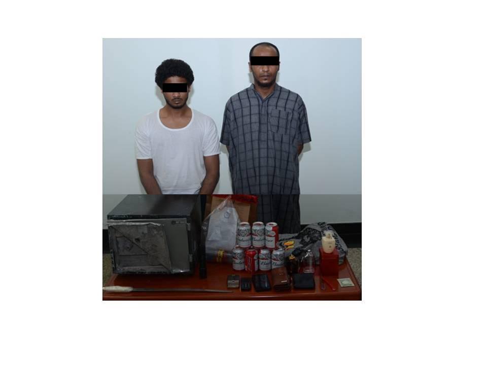 القبض على شقيقين ارتكبا 14 جريمة سرقة بالفجيرة