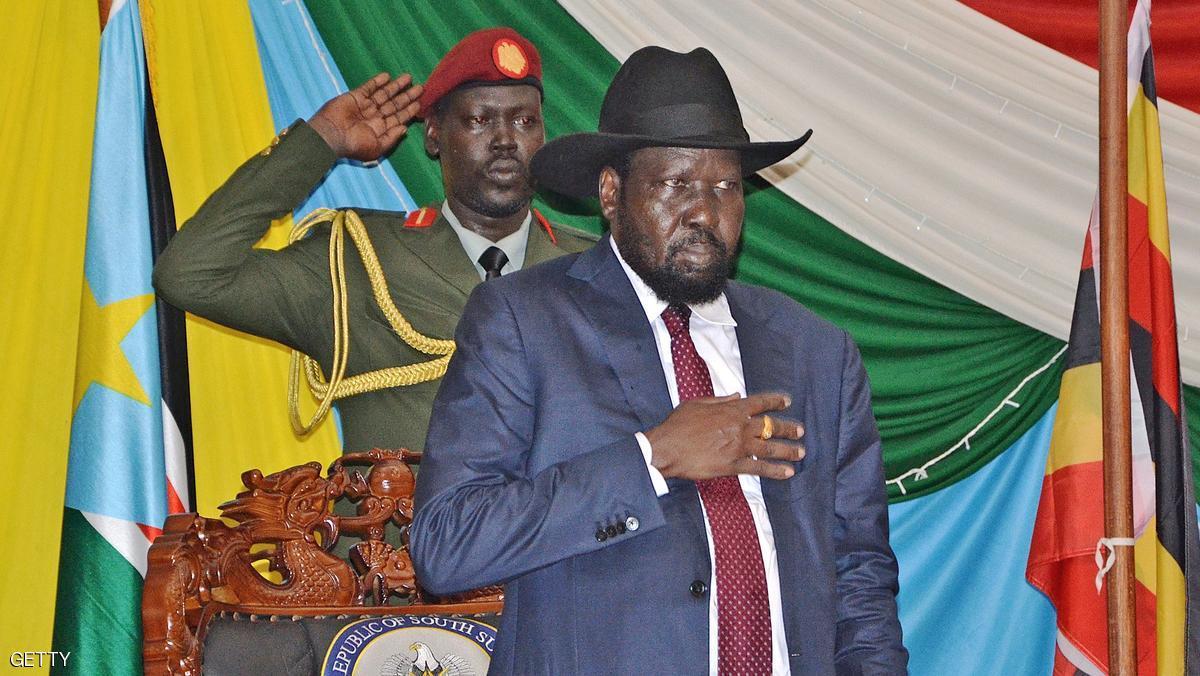 رئيس جنوب السودان يعزل 6 وزارء موالين لرياك مشار