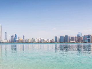 الإمارات تمتلك احتياطيات تحد من تداعيات أسعار النفط