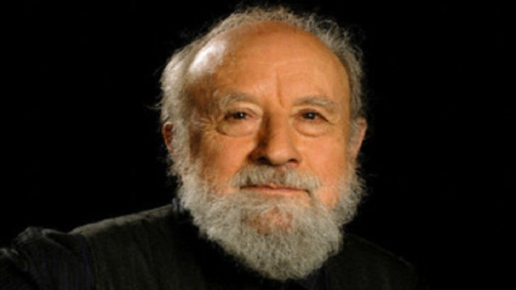 وفاة الكاتب الفرنسي ميشال بوتور عن عمر ناهز 89 عاما