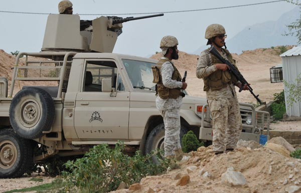 استشهاد رجل أمن وطفل في نجران برصاص وقذائف حوثية