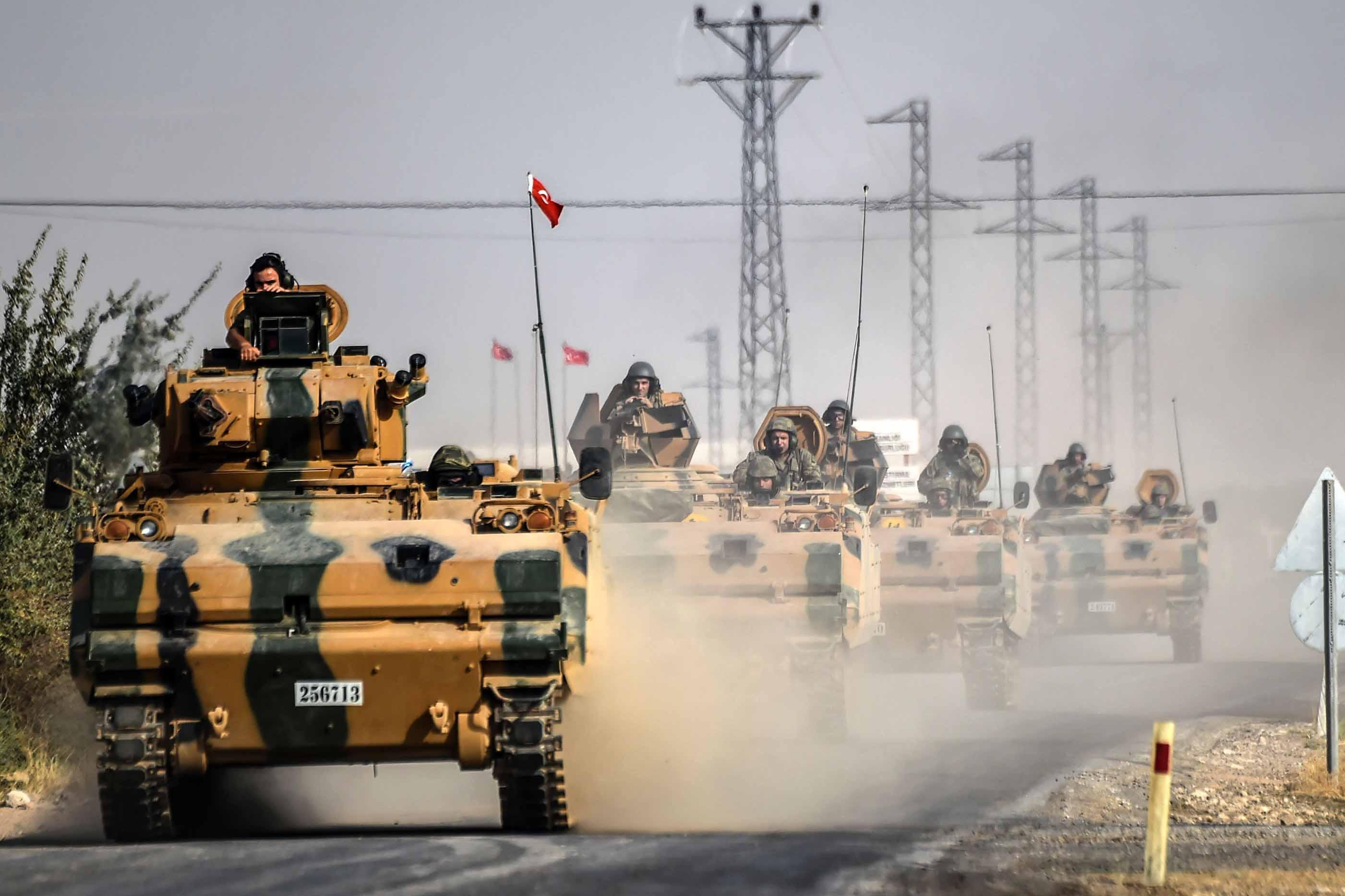 قوات تركية إضافية تدخل سوريا.. والأكراد ينسحبون من