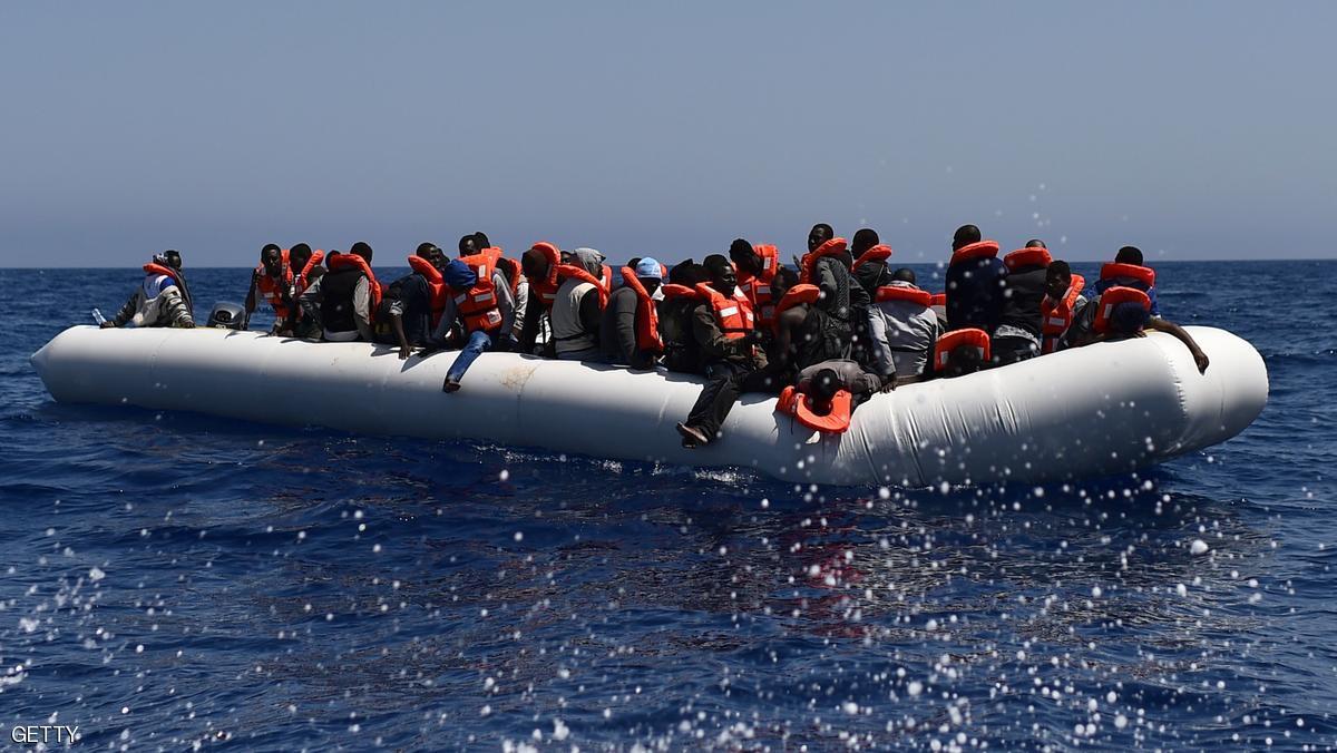 وفاة العشرات إثر غرق مركب للهجرة غير الشرعية بمصر