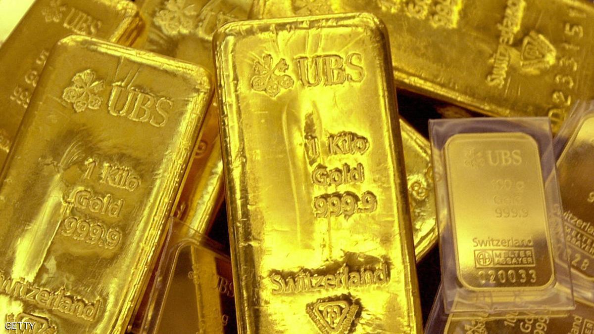 تراجع الذهب مع تعويض الدولار بعض خسائره المبكرة