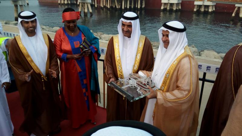 حمد الشرقي يدشن أول رصيف لناقلات النفط العملاقة في الإمارات