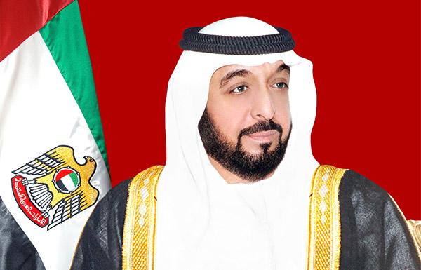 رئيس الدولة يتلقى تعازي أمير الكويت في شهيد الوطن راشد الحبسي في اليمن