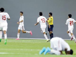 «أبيض الناشئين» إلى ربع النهائي بـ «ثلاثية» أمام السعودية