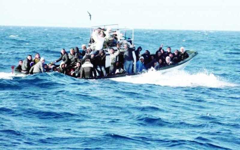 مصرع 22 شخصاً على سفينة مهاجرين قبالة السواحل الليبية