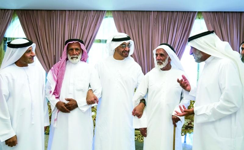 محمد بن زايد: مساجد الإمارات منابر للوسطية