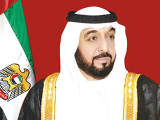 رئيس الدولة ينعي الشيخ خليفة بن حمد آل ثاني