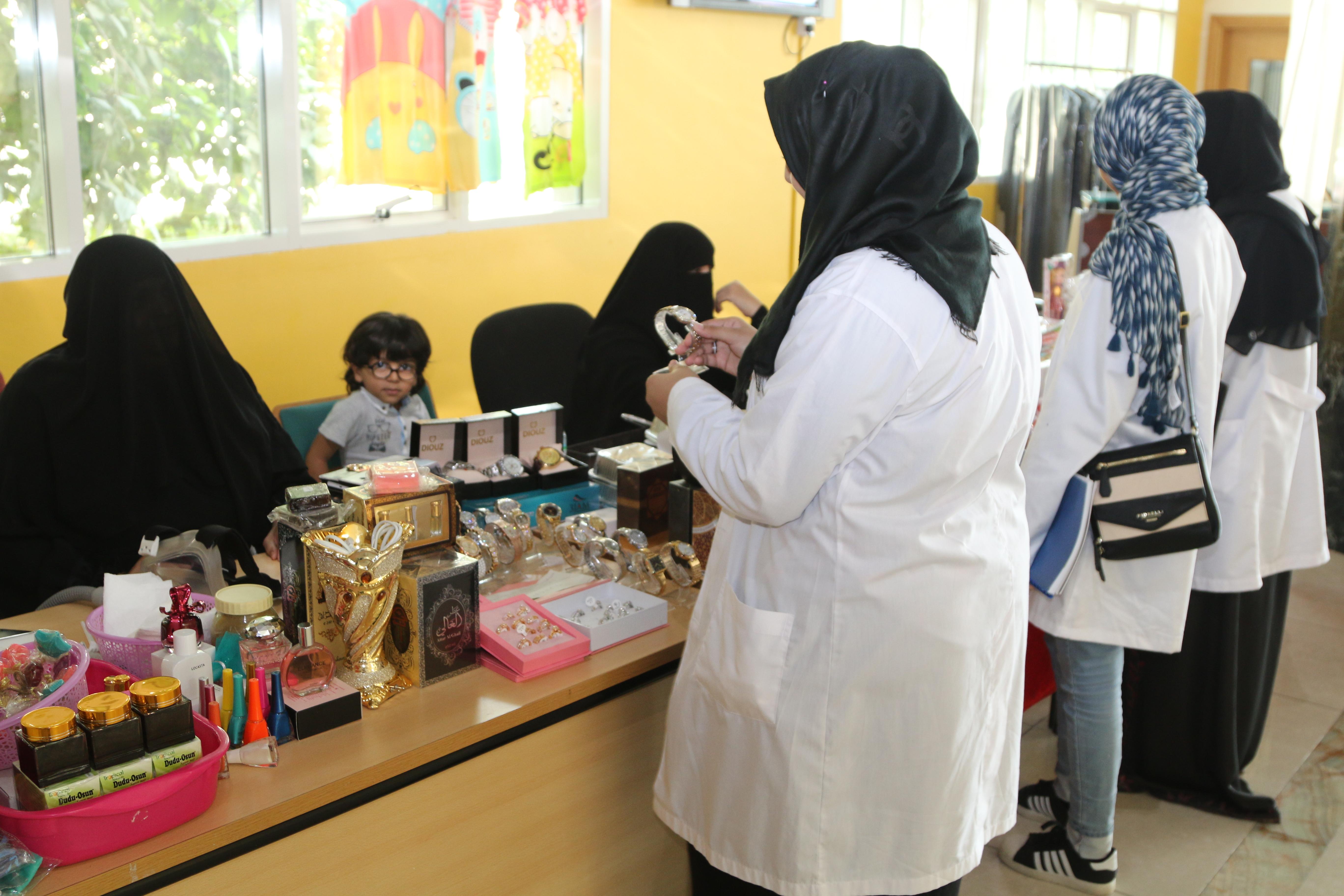 جامعة عجمان بالفجيرة تستضيف معرض