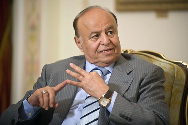 هادي: الانقلابيون خلف تفجير خيمة عزاء مأرب