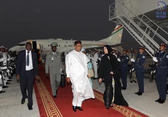 رئيس جمهورية النيجر يصل الى البلاد