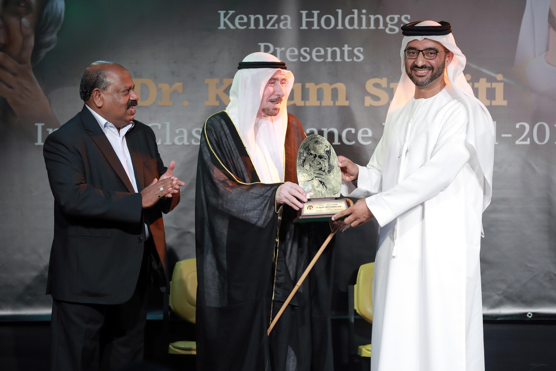 خالد الضنحانى يفوز بجائزة الرئيس الهندي عبد الكلام للتميز الثقافي
