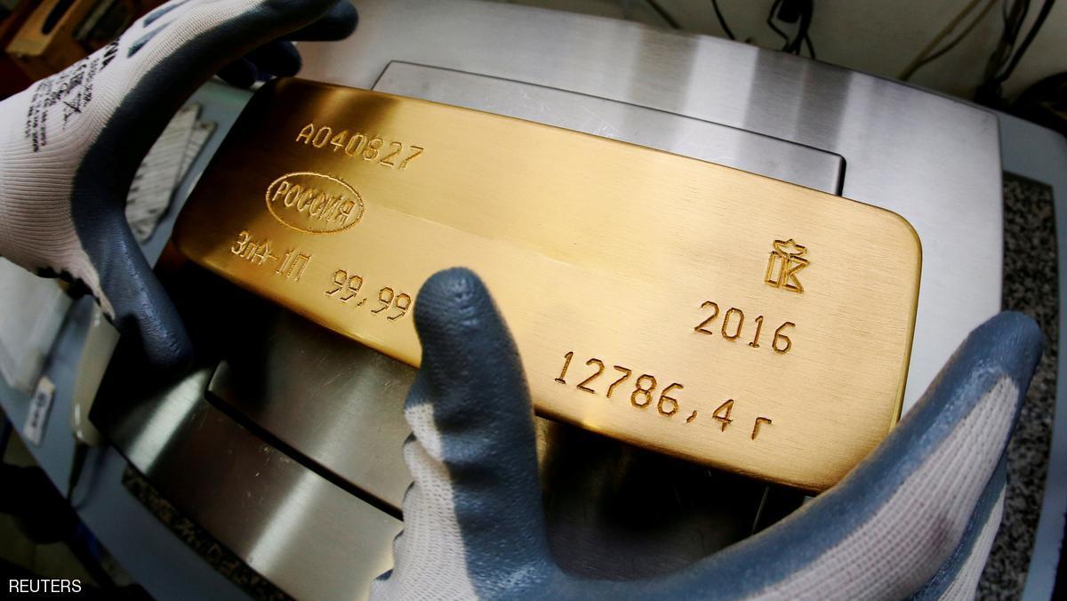 الذهب يرتفع مع نزول الدولار