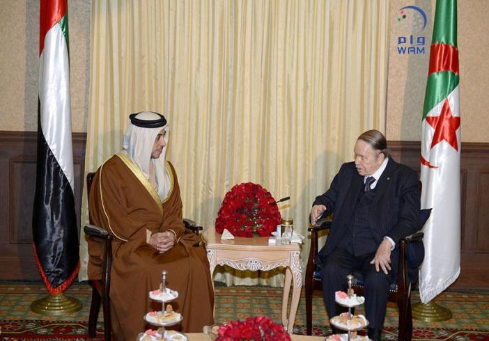 الرئيس الجزائري يستقبل منصور بن زايد