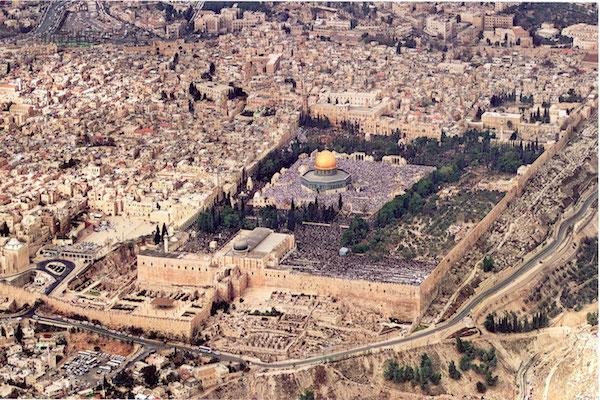 قانون إسرائيلي يمنع الأذان في مدينة القدس