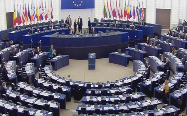 الاتحاد الأوروبي يقر تمديداً جديداً لمراقبة حدود «شنغن»