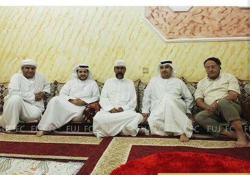 العوضي وجمهور الفجيرة يطمئنون على صحة المشجع هيكل محمد