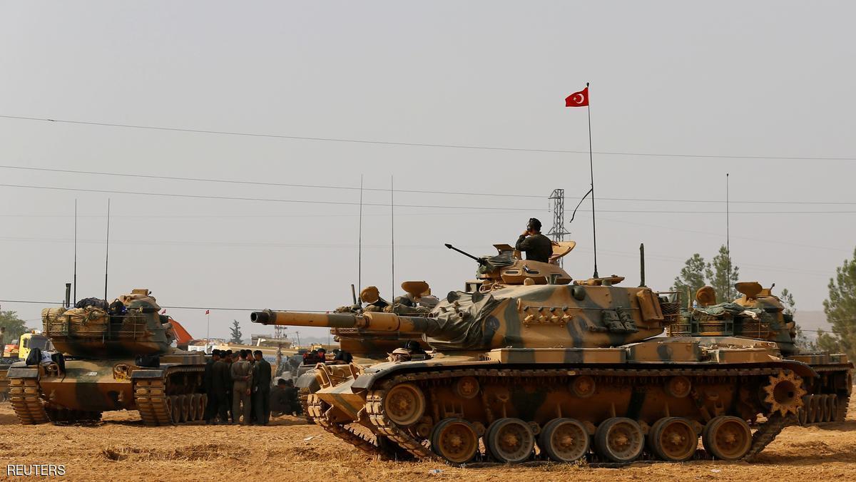 قوات تركية تسيطر على طريق بين حلب والباب
