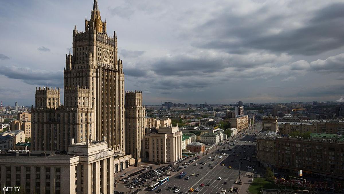 مقتل دبلوماسي روسي بمنزله في موسكو