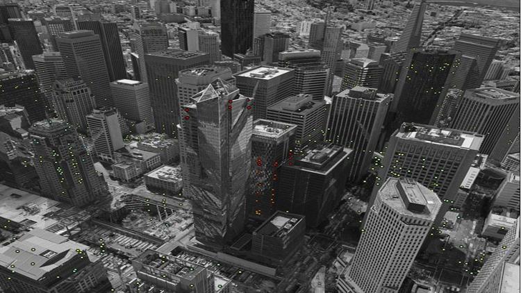 برج الألفية في سان فرانسيسكو يغور في الأرض