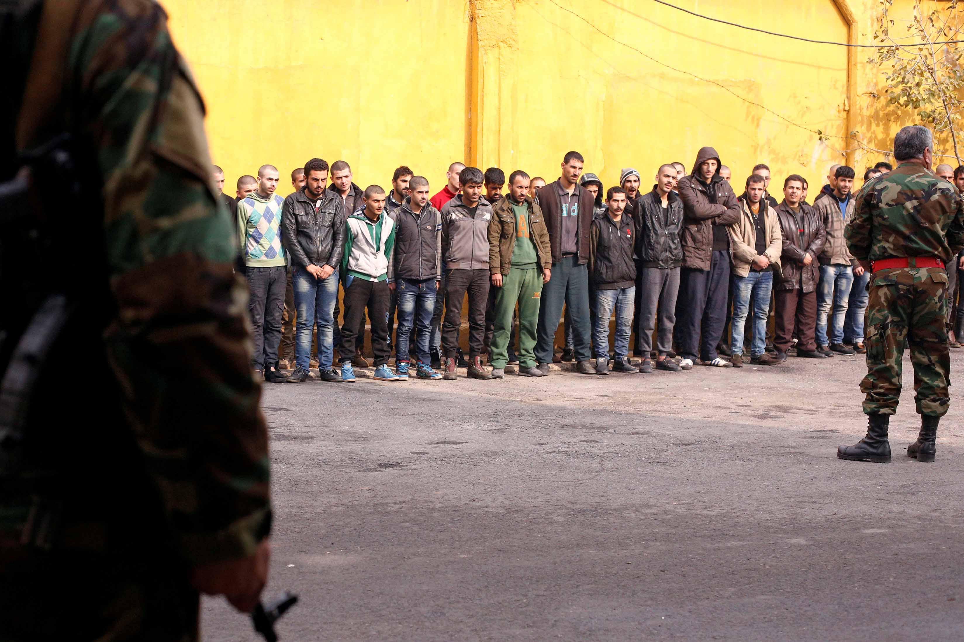 أحدث التطورات في حلب.. 4 آلاف مقاتل سيغادرون شرق حلب مع عائلاتهم