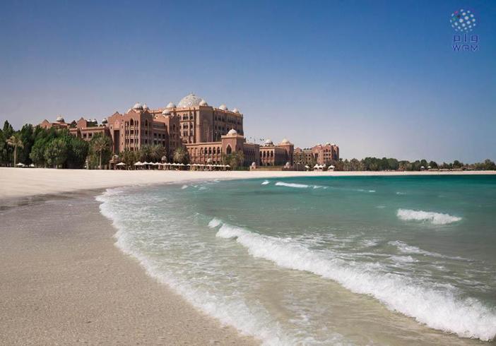 قصر الامارات يفوز بجائزة