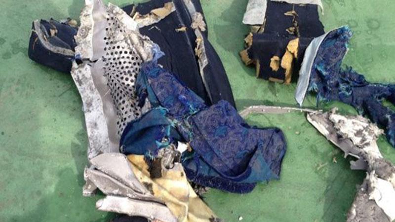 العثور على مواد متفجرة في رفات ضحايا الطائرة المصرية المنكوبة