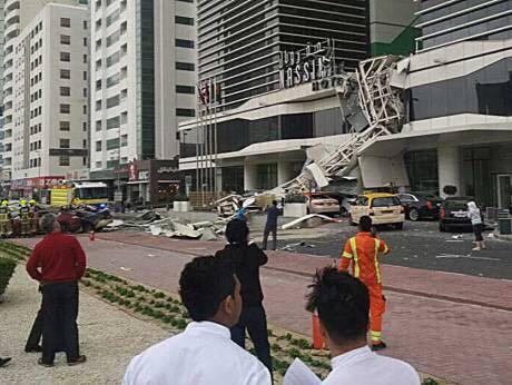 دفاع مدني دبي يؤكد عدم مشاركة أي مدنيين في عمليات إطفاء