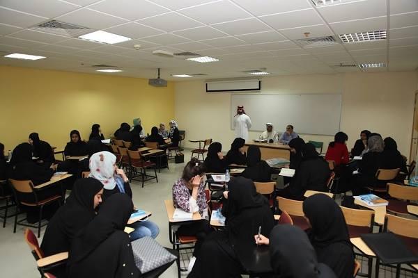 40 طالبة من جامعة عجمان بالفجيرة تشارك في ورشة العمل التدريبية