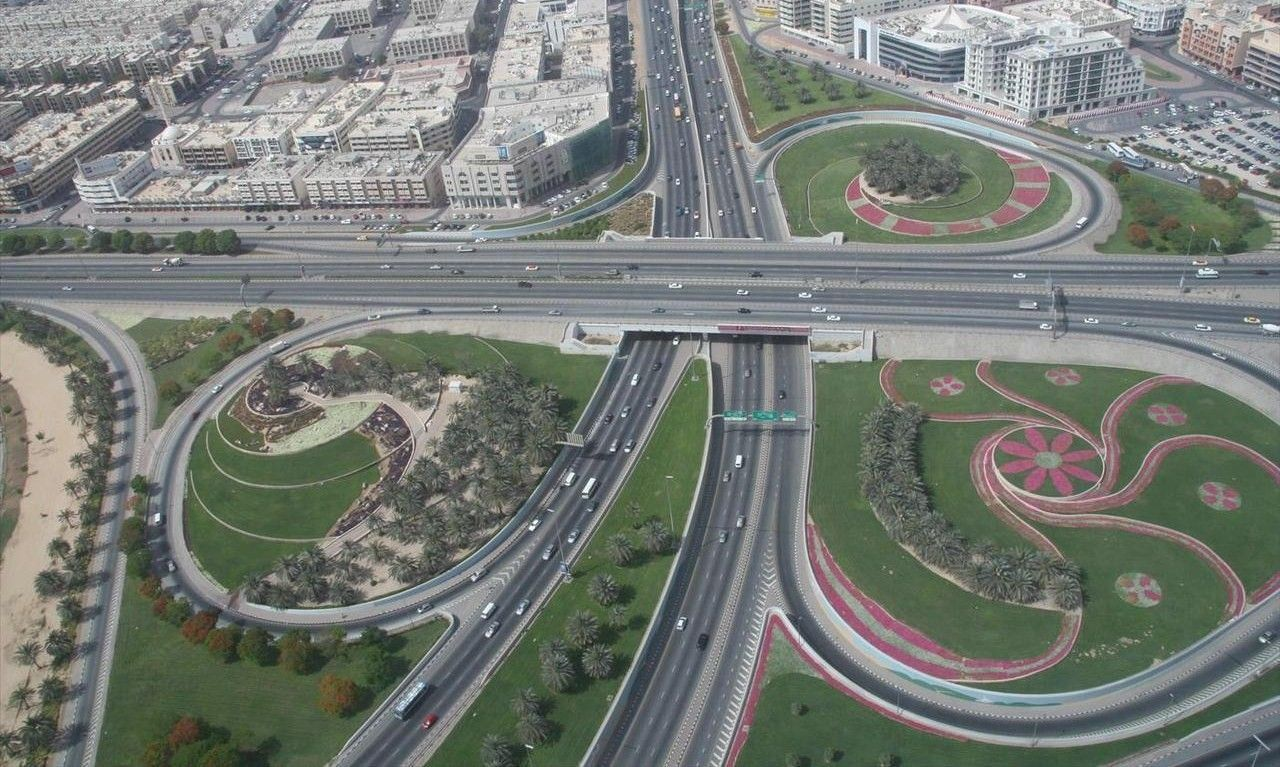 طرق دبي تنفذ تحويلات مرورية لاستكمال أعمال مشروع مسار 2020