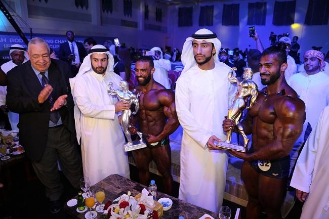 الاماراتي عامر مجيد يحرز لقب بطل الأبطال في ماسية الفجيرة الدولية ببناء الأجسام