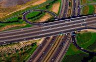 دبي تنفق 90 ملياراً على تطوير الطرق والنقل في 10 سنوات