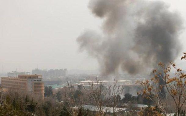 مقتل 4 وإصابة 22 في انفجار كبير قرب السفارة الأميركية بكابل