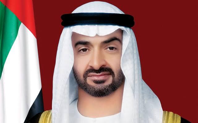 محمد بن زايد يصل الرياض على رأس وفد الدولة