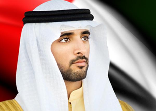 حمدان بن محمد يقدم واجب العزاء لأسرة الشهيد حسن البشر