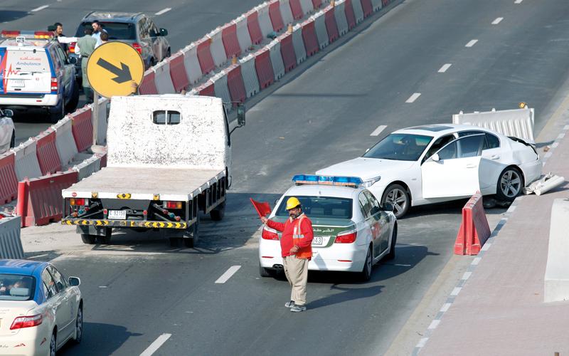 «طرق دبي» تدرّب سائقي «القطر الذكي» على «الإتيكيت»