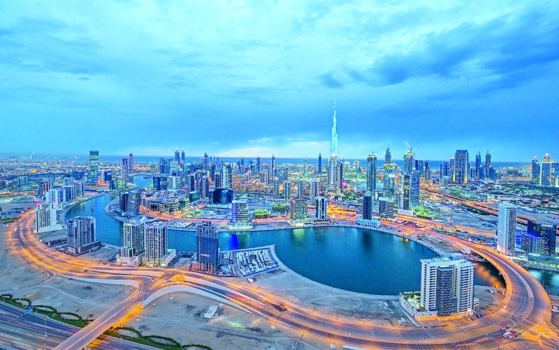 الإمارات تتقدم 14 مركزاً كأفضل الدول للمغتربين