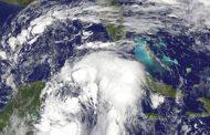 الإعصار «نايت» يجتاح المكسيك ويتجه إلى أميركا