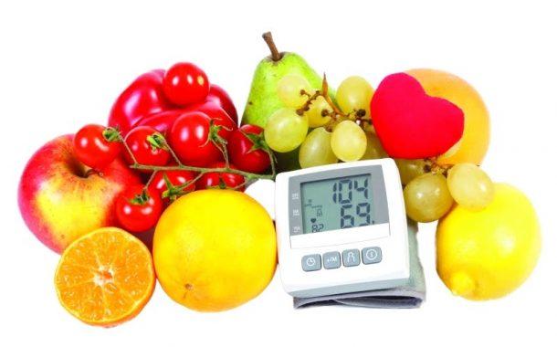 الرياضة والغذاء الصحي يحدّان من ارتفاع ضغط الدم