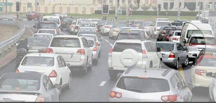 500 درهم مخالفة عدم تحريك المركبات خارج الطريق بالحوادث البسيطة